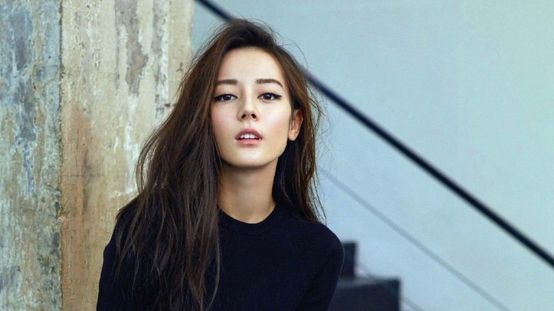 Dilraba Dilmurat merupakan seorang aktris Tiongkok yang juga keturunan Uighur ( Bangsa Turki di Cina). (Dok. Allkpop)