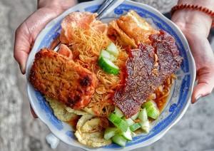 Duh, Enaknya Nasi Ulam yang Jadi Menu Makan Siang Netizen
