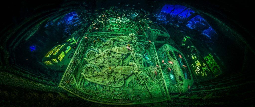 Pemenang Underwater Photography of The Year diraih Tobias Friedrich dari Jerman. Foto ini sekaligus jadi pemenang di kategori Wrecks. Foto: Underwater Photography of The Year