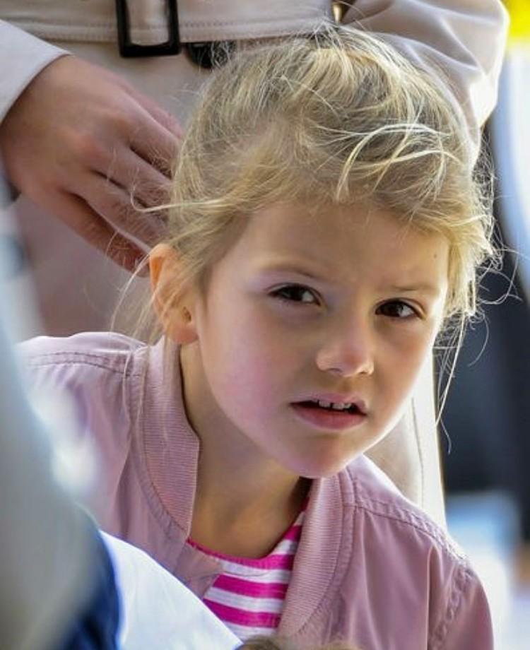 Putri Estelle adalah anak pertama Putri Mahkota Victoria. (Foto; Instagram @princessetelleofsweden)