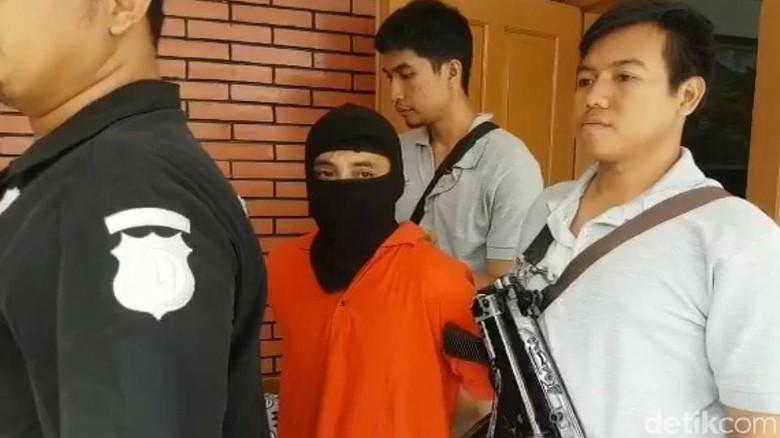 Dukun Cabul di Kebayoran Ditangkap, Modusnya Hilangkan Mahluk Gaib