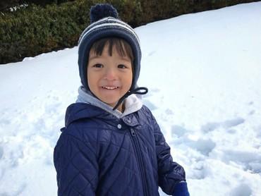 Kenalin, ini Snow Auror Arashi, anak kedua dari Ernest Prakasa, sang komedian. (Foto: Instagram/ernestprakasa)
