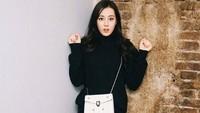 Dara berusia 25 tahun itu juga aktif dalam dunia modelling. (Dok. Instagram/dear_dlrb)