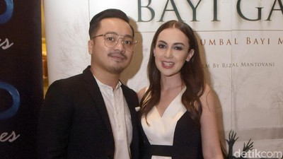 Rianti Cartwright Optimistis Rencanakan Program Bayi Tabung