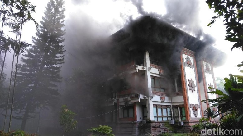 Kantor Biro Hukum Terbakar, Gubernur Bali: Dokumen Penting Aman