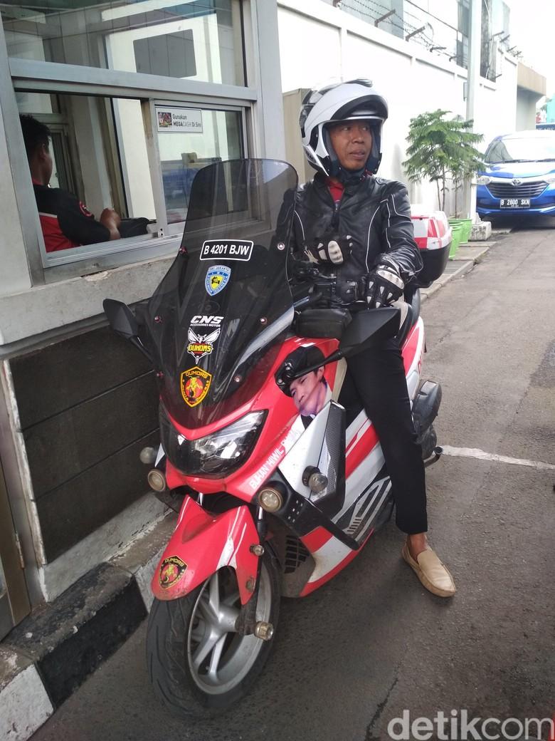 Kiwil Jadi Suka Naik Motor ke Mana-Mana Foto: Hanif Hawari
