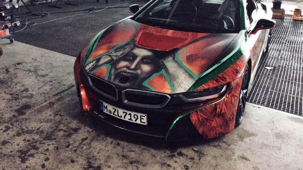 Keren, Mobil Sport Hybrid Bertema Joker