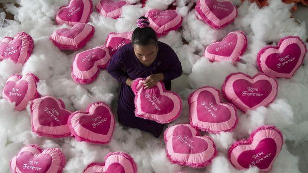 Valentine biasanya identik dengan cokelat