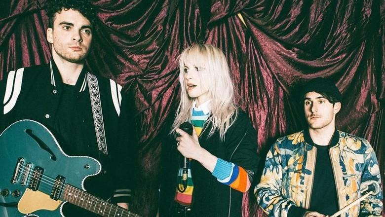 Paramore Batal Konser, Hayley Tulis Sendiri Surat Pernyataannya