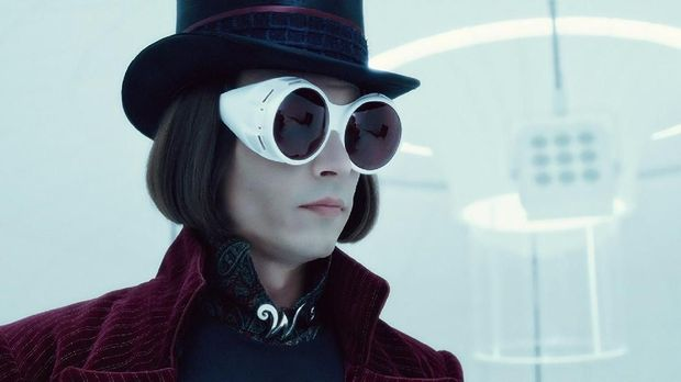 Johnny Depp berperan sebagai Willy Wonka dalam 'Charlie and the Chocolate Factory.'