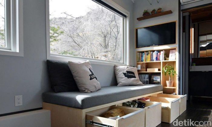 Rumah yang berada di Yakima, Washington, Amerika Serikat ini tampak cerah dengan konsep minimalis. Robert Garlow sengaja merancang rumah mungil ini agar lebih nyaman untuk ditempati. Istimewa/Inhabitat