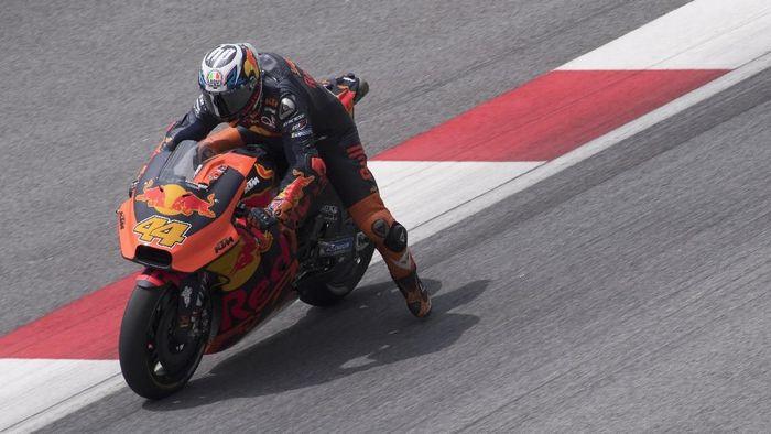 Pol Espargaro akan absen di tes MotoGP Thailand akibat cedera (Mirco Lazzari gp/Getty Images)