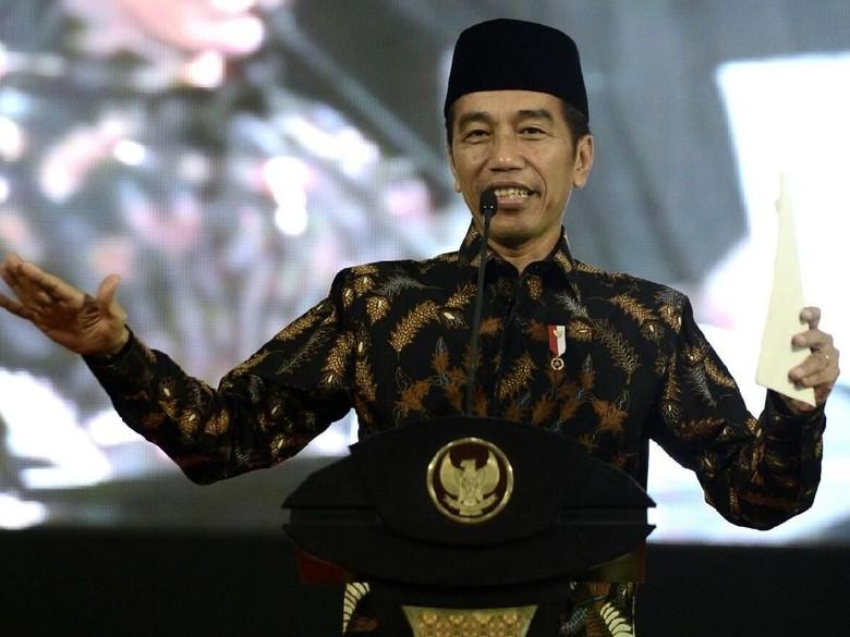 Buka Kongres Ke-30 HMI, Jokowi: Yakin Usaha Sampai!