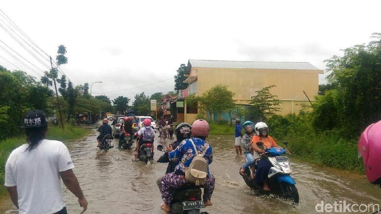 Jalan Tanjungkarang Tergenang Banjir, Akses Kudus-Grobogan Terhambat