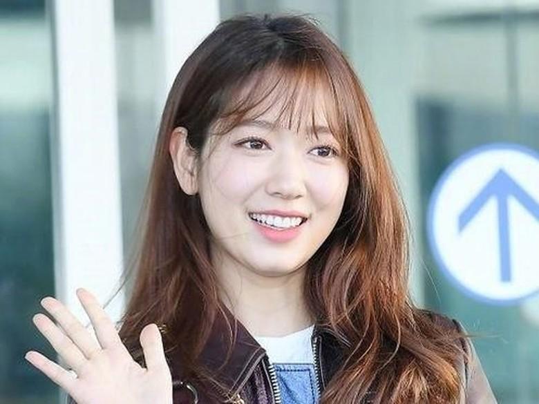 Park Shin Ye dan Choi Tae Joon Dikabarkan Pacaran