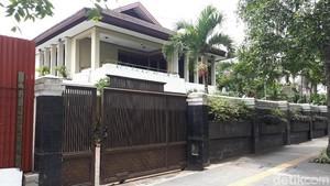 Foto: Rumah Mewah di Dago Bandung yang Kerap Disambangi Fuad Amin