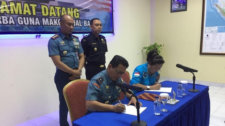 TNI AL Serahkan Tersangka dan Sabu 1 Ton Kapal Sunrise Glory ke BNN