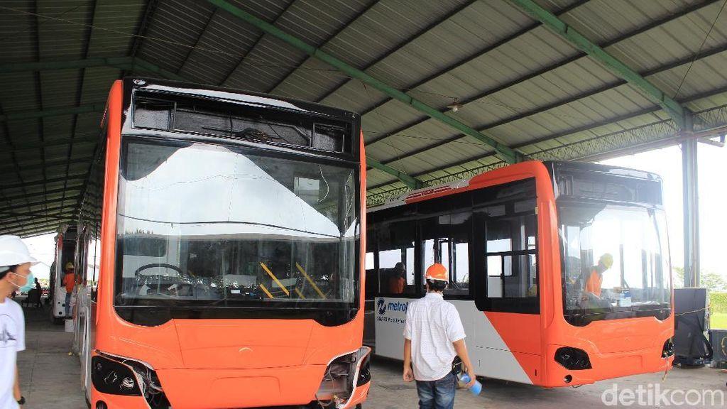 Bus Baru TransJakarta Gantikan Peran Bus Kota