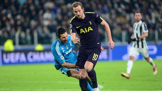 Harry Kane sukses membobol gawang Gianluigi Buffon.