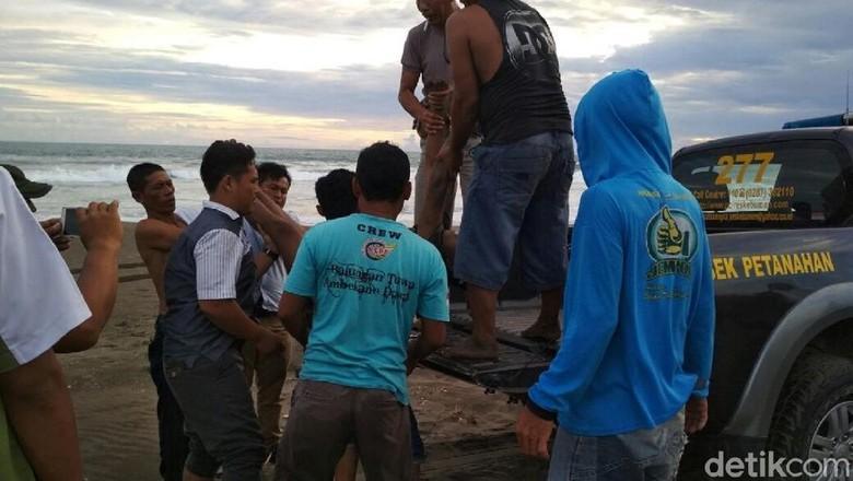 Warga Kebumen Ditemukan Tewas di Pantai Petanahan