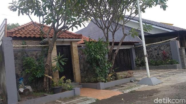 Markas UN Swissindo di Cirebon. Foto: Sudirman Wamad