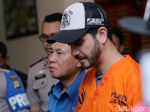 Fachri Albar Pakai Ganja di Kamar Mandi, Jennifer Dunn Divonis 8 Bulan Penjara