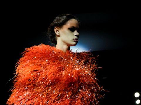 Indah, Koleksi Terakhir Carolina Herrera Sebagai Creative Director di NYFW