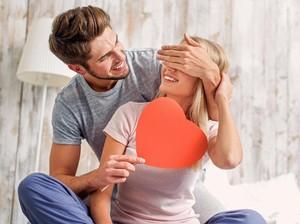 15 Ucapan Valentine Romantis yang Akan Buat Pasanganmu Makin Jatuh Hati