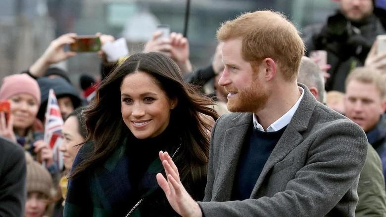 Saat Pangeran Harry Nyaris Digigit Kuda Poni di Edinburgh