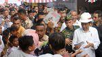 Senyum Semringah Presiden Jokowi dan Mendes PDT di Ambon