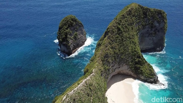 Pantai di Nusa Penida, Angels Billabong, Kelingking