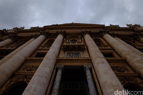 Selain jadi tempat ibadah, gereja ini juga jadi destinasi wisata (Ardhi Suryadhi/detikTravel)