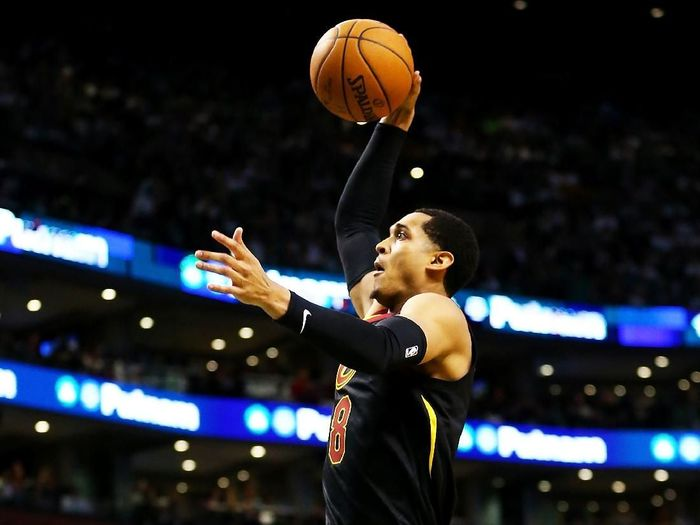 Jordan Clarkson dilarang tampil di Asian Games 2018 oleh NBA (Adam Glanzman/Getty Images)