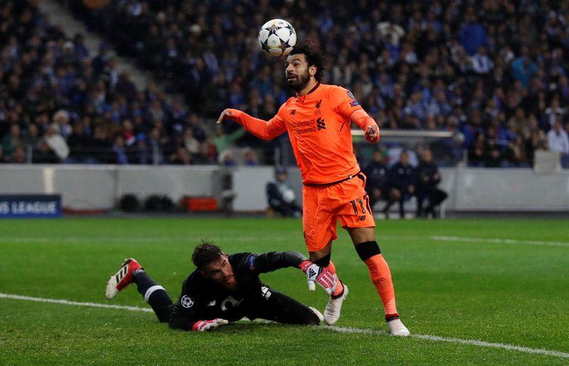 Liverpool menaklukan Porto dengan skor telak 5-0. Meski Sadio Mane yang mencetak hat-trick, penampilan Mohamed Salah patut dipuji dengan mencetak satu gol. Dengan gol itu, Salah sudah mencetak 30 gol untuk Liverpool dalam waktu kurang dari semusim (mosalah22/Instagram)