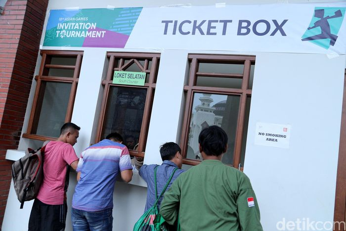 Bagi warga yang ingin menyaksikan secara langsung pertandingan final pencak silat di ajang 18th Asian Games Invitation Tournament hari terakhir ini, tidak dipungut biaya alias gratis.