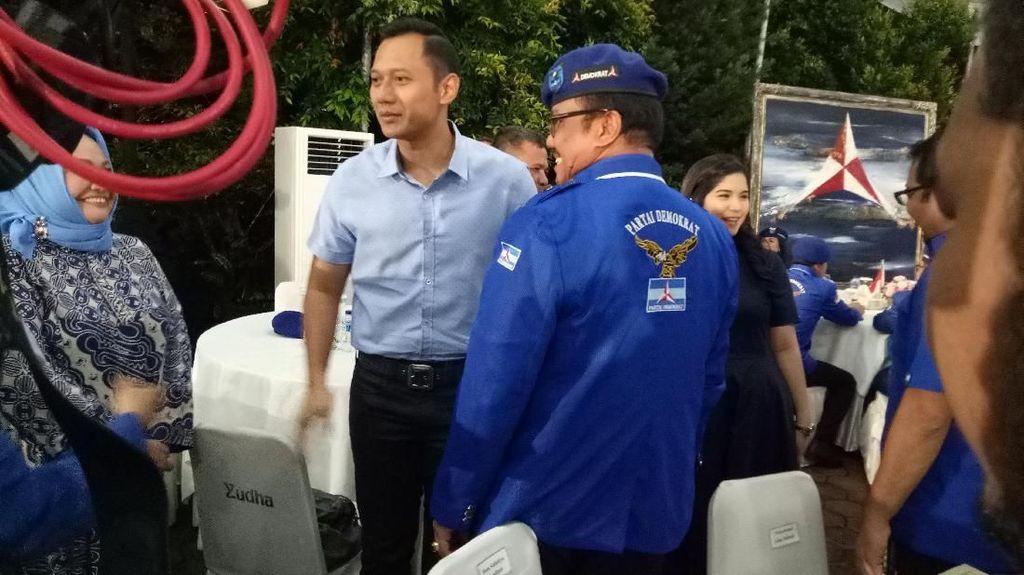 AHY Hadiri Pengukuhan Kader Baru Partai Demokrat di Cikeas