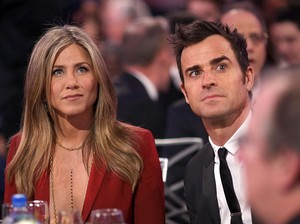 3 Tahun Menikah, Jennifer Aniston dan Justin Theroux Cerai