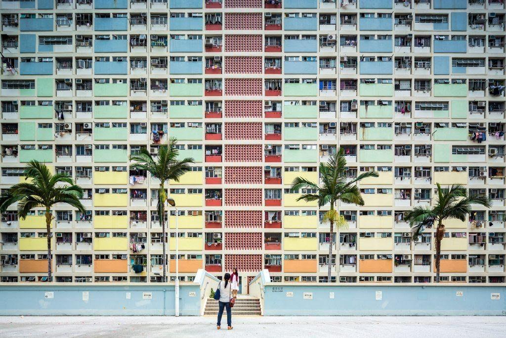 Perumahan Choi Hung terletak di Hong Kong, karya fotografer Fabio Mantovani kategori Sense of place. Foto: Architectural Photography Award 2017