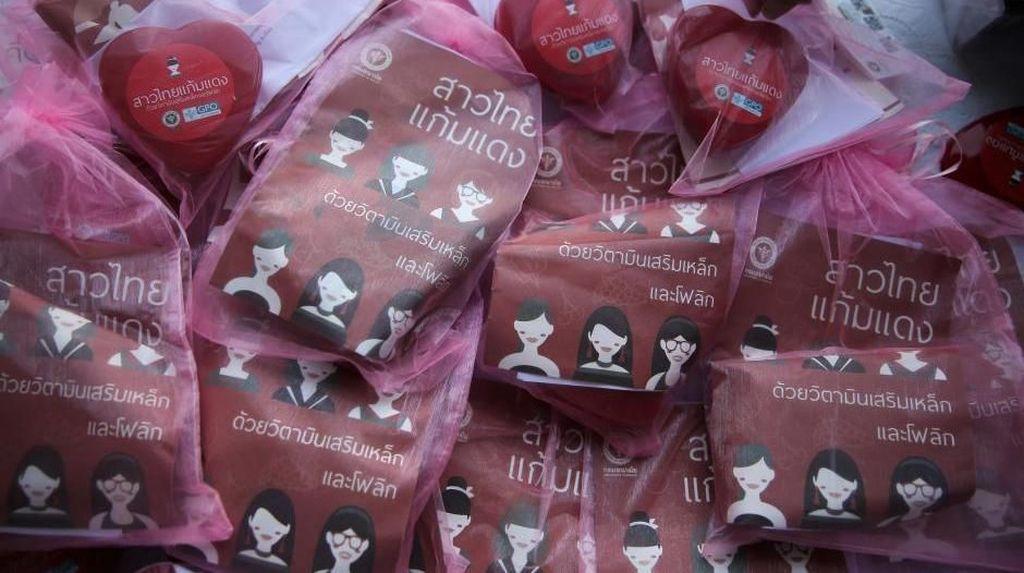 Pemerintah Thailand Bagikan Pil Kesuburan di Hari Valentine