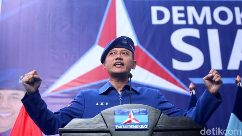 Foto: AHY Gantikan SBY di Demokrat