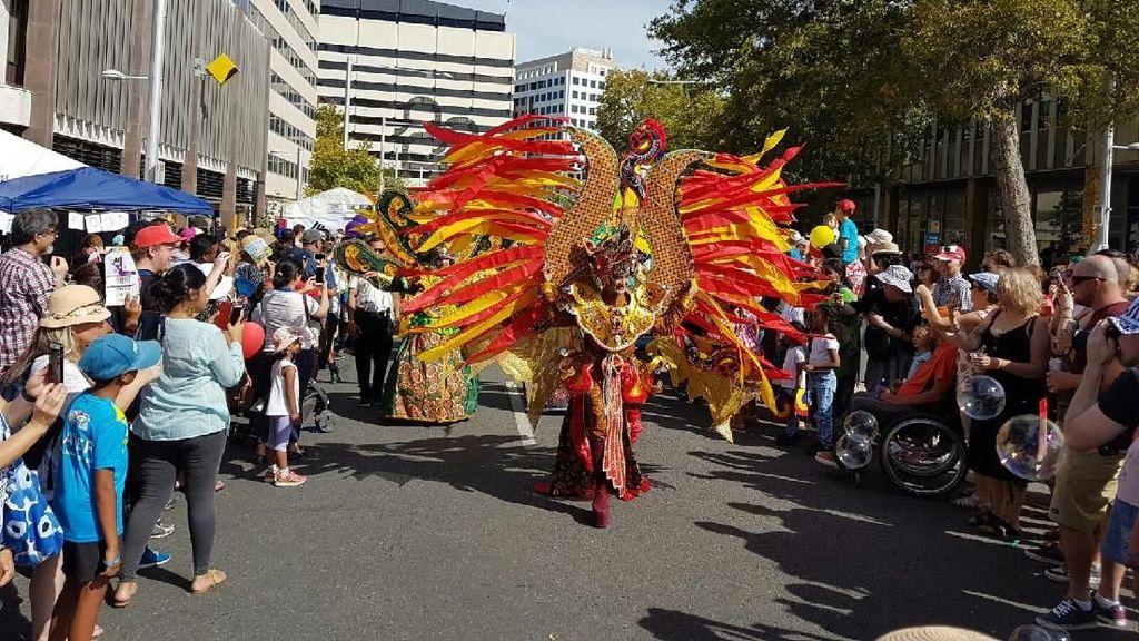 Saat Orang Australia Kagumi Solo Batik Carnival Hingga Rendang