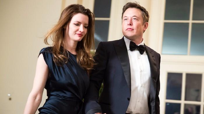 Elon Musk dan istrinya dulu, Talulah Riley. Foto: Business Insider