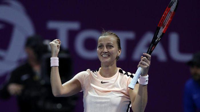 Petra Kvitova mengalahkan Caroline Wozniacki di semifinal Qatar Terbuka (Ibraheem Al Omari/Reuters)