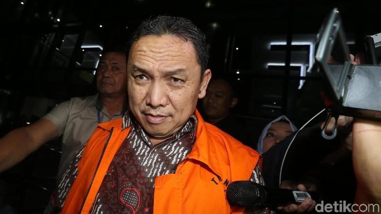 Bupati Halmahera Nonaktif Divonis 4,5 Tahun Penjara