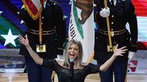 Fergie Akhirnya Buka Suara soal Improvisasi Lagu Kebangsaan AS