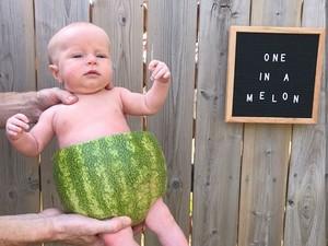 Kreatif! Saat Aneka Makanan Jadi Kostum Bayi