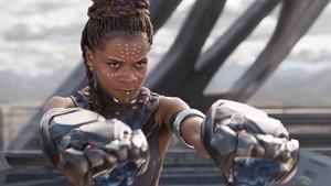 Keakraban Black Panther dan Shuri Sang Jenius Wakanda