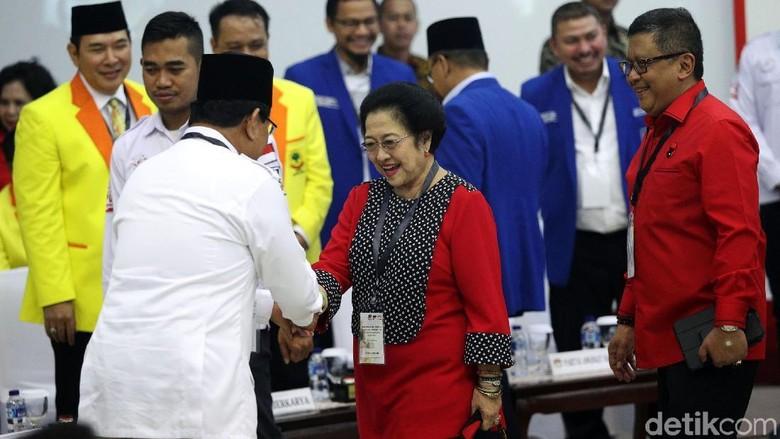 Kenangan Mesra Megawati-Prabowo: Masak Bersama sampai Nonton Pencak Silat