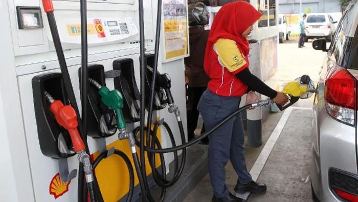 Masyarakat memiliki pilihan bahan bakar baru untuk kendaraannya. Shell merilis bahan bakar Reguler yang memiliki harga paling murah, Rp 8.400 per liter.