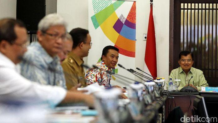 Jusuf Kalla memimpin rapat koordinasi Asian Games 2018 (Rengga Sancaya/detikSport)